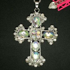 NEW BETSEY JOHNSON CROSS NECKLACE